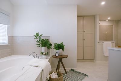 616_Prosser_Street_Master_Bath_Tuscan_Blue_0003