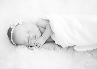 Emily Sweetly Sleeping  bw (1 of 1)