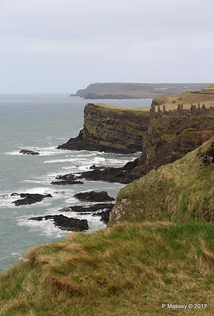 Giant's Causeway Chimney Stack to Dunluce Castle Antrim 25-02-2017 14-48-58