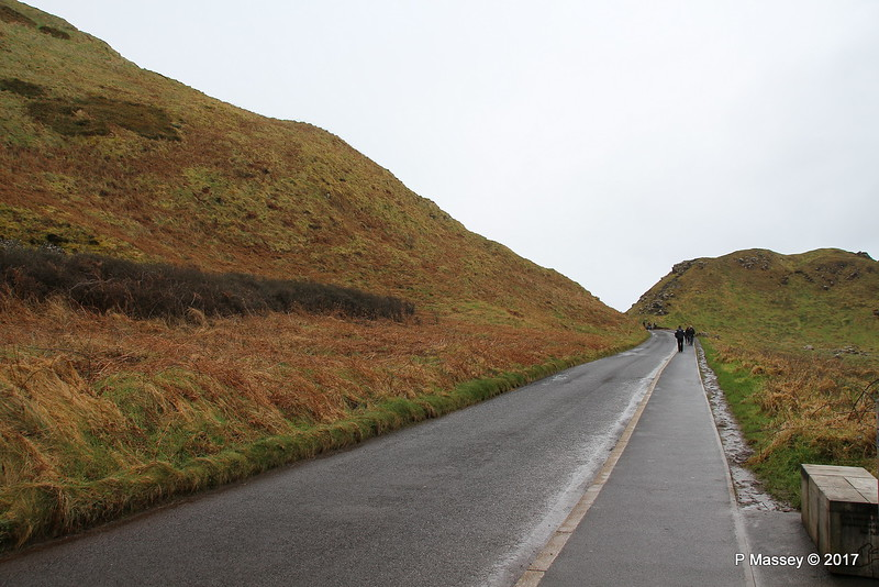 Path back to Visitor Centre from Port Ganny Giant's Causeway 25-02-2017 12-19-04