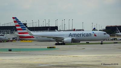 American Airlines 767 N390AA ORD 01-06-2016 12-35-44