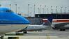 United Express ERJ-175 N723YX KLM 747 PH-BFE ORD 01-06-2016 13-17-42
