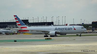 American Airlines 767 N390AA ORD 01-06-2016 12-35-43