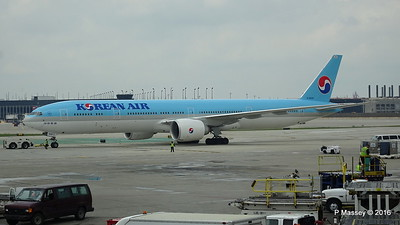Korean Air 777 HL8009 ORD 01-06-2016 11-44-31