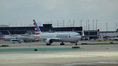 American Airlines 767 N390AA ORD 01-06-2016 12-35-38
