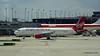 Virgin America A320 N835VA United 777 N794UA ORD 01-06-2016 13-15-35