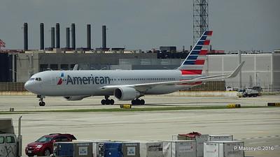 American Airlines 767 N390AA ORD 01-06-2016 12-32-15
