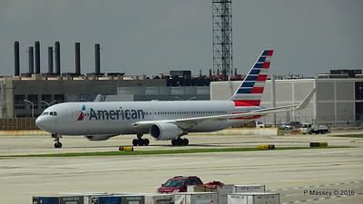 American Airlines 767 N390AA ORD 01-06-2016 12-32-13