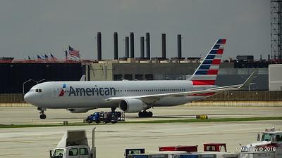American Airlines 767 N390AA ORD 01-06-2016 12-32-42