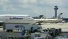 Lufthansa 747 D-ABYO Etihad 777 A6-ETJ ORD 01-06-2016 13-09-35