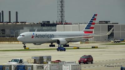 American Airlines 767 N390AA ORD 01-06-2016 12-32-10