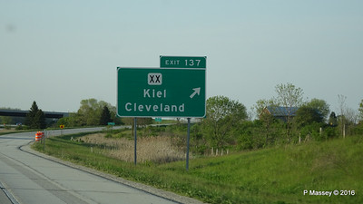 Exit 137 I43 Roadworks N Towards Cleveland Kiel Wisconsin 23-05-2016 18-01-00