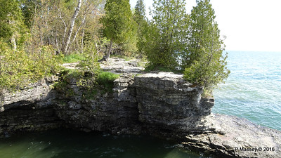 Cave Point County Park Limestone Erosion WI PDM 24-05-2016 09-37-25