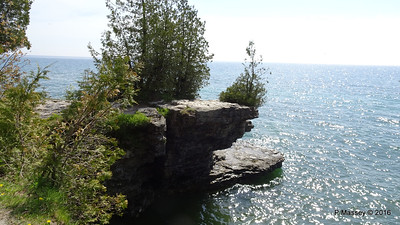 Cave Point County Park Limestone Erosion WI PDM 24-05-2016 09-37-52
