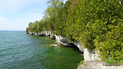 Cave Point County Park Limestone Cliffs WI PDM 24-05-2016 09-36-58