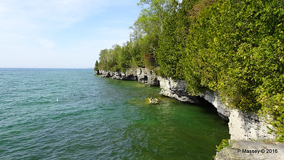 Cave Point County Park Limestone Cliffs WI PDM 24-05-2016 09-36-56