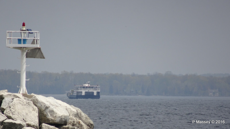 Distant EYRARBAKKI Washington Island Ferry from Northport WI PDM 24-05-2016 11-12-00