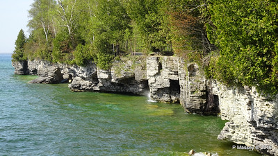 Cave Point County Park Limestone Cliffs WI PDM 24-05-2016 09-37-04