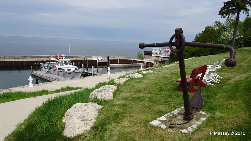 THE SHORELINE & Anchor Gills Rock WI PDM 24-05-2016 10-54-46