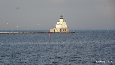 North Breakwater Lighthouse Manitowoc Wisconsin 24-05-2016 18-57-07