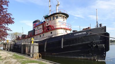 LUDINGTON Harbor Park Kewaunee Wisconsin PDM 24-05-2016 07-52-55