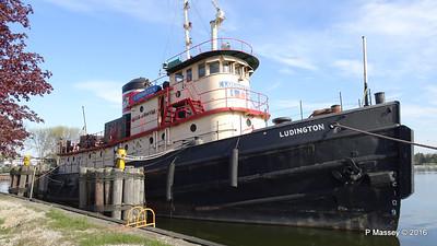 LUDINGTON Harbor Park Kewaunee Wisconsin PDM 24-05-2016 07-52-57