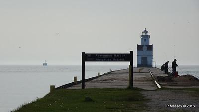 Kewaunee Lighthouse Wisconsin PDM 24-05-2016 07-48-51
