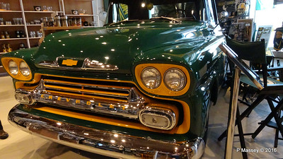 1958 Chevrolet Tailgater Pro Shop Lambeau Field Green Bay Wisconsin PDM 24-05-2016 15-06-34