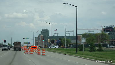 Lombardi Ave Approaching Lambeau Field Green Bay Wisconsin PDM 24-05-2016 14-40-48