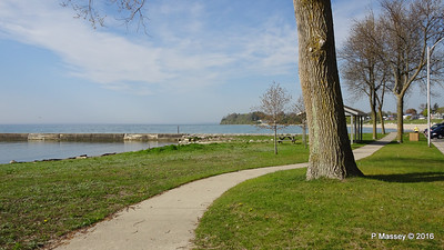 Algoma Harbour Front Lake St Wisconsin 24-05-2016 08-27-49