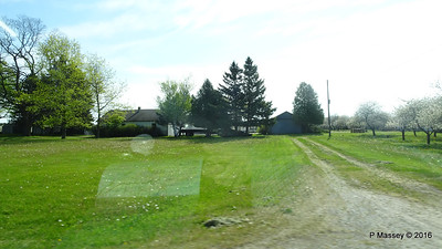 N Along U Silverdale to Mikels Rds Wisconsin 24-05-2016 08-49-14