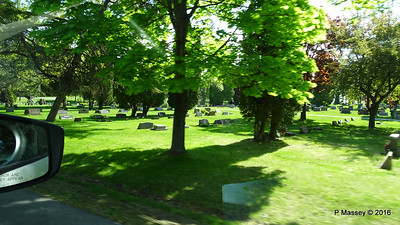 Passing Bayside Cemetery Sturgeon Bay Wisconsin 24-05-2016 09-14-57
