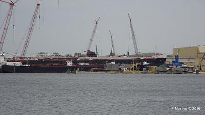 Tug REBECCA LYNN Tank Barge GREAT LAKES Bulker AMERICAN COURAGE Sturgeon Bay Wisconsin 24-05-2016 13-25-35