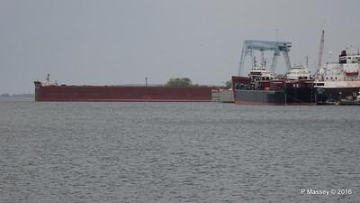 JAMES R BARKER Tank Barge LOUISIANA more Sturgeon Bay Wisconsin 24-05-2016 13-25-29