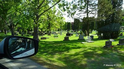 Passing Bayside Cemetery Sturgeon Bay Wisconsin 24-05-2016 09-14-54