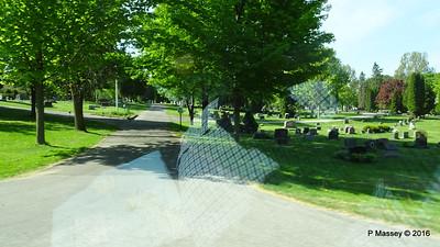 Passing Bayside Cemetery Sturgeon Bay Wisconsin 24-05-2016 09-15-12