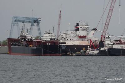 Tank Barge LOUISIANA Tug MICHIGAN Bulker AMERICAN COURAGE more Sturgeon Bay Wisconsin 24-05-2016 13-26-06