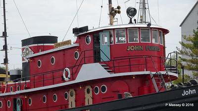 JOHN PURVES 1919 Door COunty Maritime Museum Sturgeon Bay WI PDM 24-05-2016 13-07-09