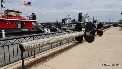 Propellers JOHN PURVES removed 2007 DCMM Sturgeon Bay WI PDM 24-05-2016 13-10-13