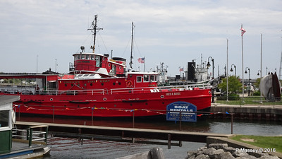 FRED A BUSSE Chicago Fireboat 1937 Sturgeon Bay WI PDM 24-05-2016 13-08-11