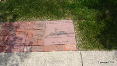 Paving Stone Memorials DCMM Sturgeon Bay WI PDM 24-05-2016 13-19-21