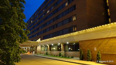Holiday Inn Muskegon Night MI PDM 25-05-2016 20-38-44
