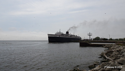 ss BADGER Arriving Manitowoc WI PDM 25-05-2016 10-21-039