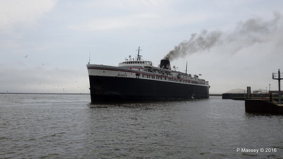 ss BADGER Arriving Manitowoc WI PDM 25-05-2016 10-19-048