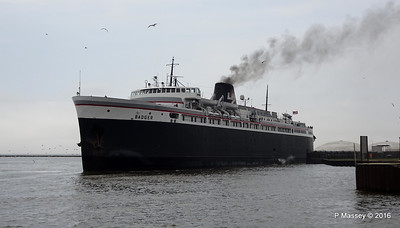 ss BADGER Arriving Manitowoc WI PDM 25-05-2016 10-20-021