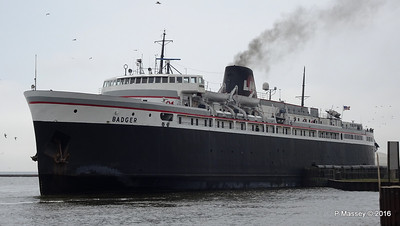 ss BADGER Arriving Manitowoc WI PDM 25-05-2016 10-20-060