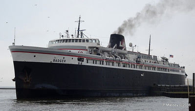 ss BADGER Arriving Manitowoc WI PDM 25-05-2016 10-20-058