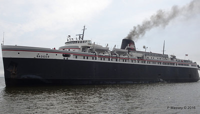 ss BADGER Arriving Manitowoc WI PDM 25-05-2016 10-18-029