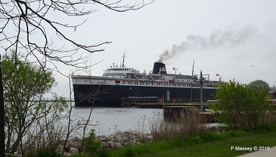 ss BADGER Arriving Manitowoc WI PDM 25-05-2016 10-23-011