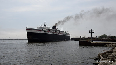 ss BADGER Arriving Manitowoc WI PDM 25-05-2016 10-20-012